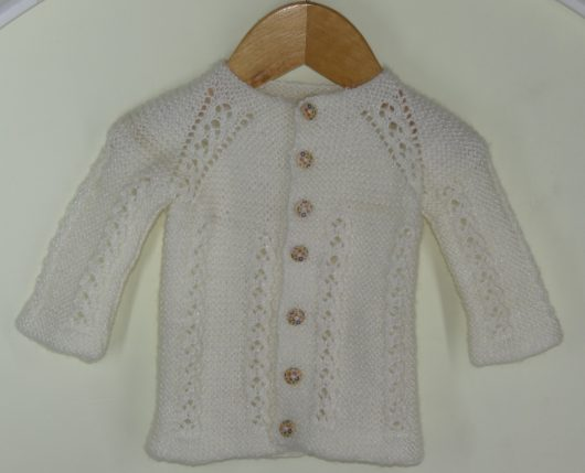 Buy Hand knitted Woolen Sweater Online India - The Village Naturals